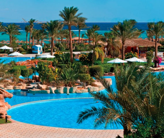 Offerte Amwaj Oyoun Beach Resort