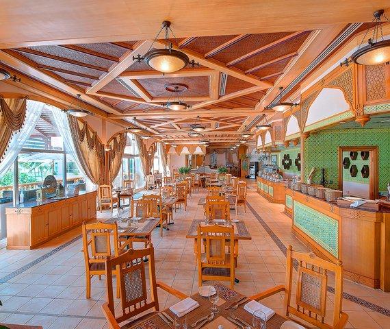 Offerte Crowne Plaza Salalah Beach Resort